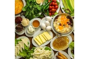 Madalyalı Restaurant'tan Leziz Tatlarla Donatılmış Serpme Kahvaltı Menüsü