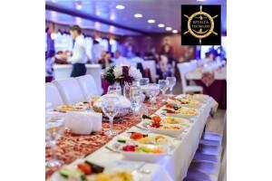 Eftalya Tekneleri İle Her Akşam Kalkışlı Yemekli Boğaz Turu