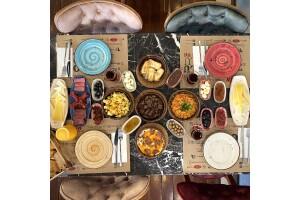 Öz ve Öz Gurme'de 2 Kişilik Enfes Kahvaltı Menüsü