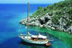 Sarıçamlar Turizm'den Tam Gün Yemekli Bodrum Tekne Turu