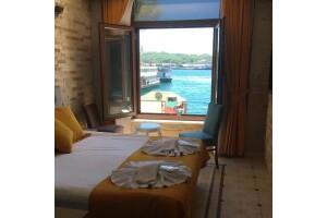 Alright Karaköy Hotel'den Şehrin Merkezinde Deniz Manzaralı Oda Seçenekli Çift Kişilik Konaklama Paketleri