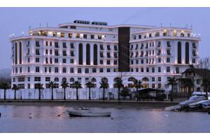 5 Yıldızlı Wellborn Luxury Hotel'de Konaklama Kahvaltı ve Spa Kullanımı