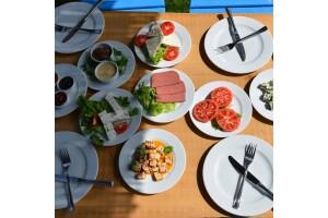 Deniz Kıyısında ve Yeşillikler İçerisinde Şirinköy Yöresel Kahvaltı ve Mangal Keyfi'nde Serpme Kahvaltı