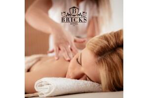 Bricks Airport Hotel & Spa'da Bali Masajı & Islak Alan Kullanımları İle Keyif
