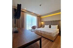 Air Boss İstanbul Airport and Fair Hotel'in Deluxe Odalarında Kahvaltı Dahil Çift Kişilik Konaklama Keyfi