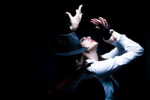 Beyoğlu & Kadıköy Roll Sahne'den Doğaçlama, Temel Oyunculuk, Kamera Önü ve Sahne Oyuncuğu Kursu