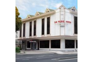 The Rise Aron Business Hotel'de Tek veya Çift Kişilik Kahvaltı Dahil Konaklama