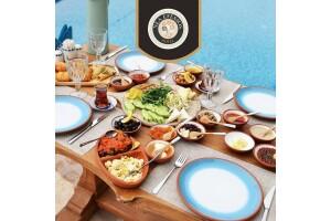 Selçuk Nea Efessos Hotel Maza Kitchen'da Serpme Kahvaltı Keyfi