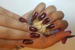 Maral Güzellik Merkezi'nden Ellerinizi Bakımlı Gösterecek Manikür - Pedikür & Protez Tırnak Uygulaması