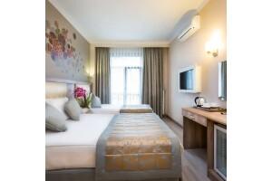 Şişli Fatih Corner Hotel'de Kahvaltı Dahil Çift Kişilik Konaklama