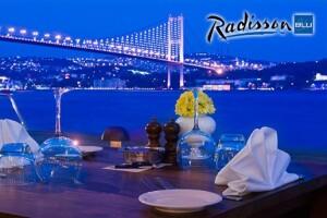 Ortaköy Radisson Blu Bosphorus Hotel'de Boğaz Manzaralı Akşam Yemeği