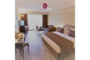 Karaca Hotel İzmir'de Tek veya Çift Kişilik Konaklama Seçenekleri
