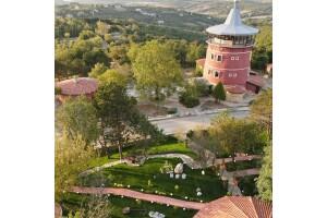 Kule Hotel'de Doğayla Başbaşa Çift Kişilik Konaklama Keyfi