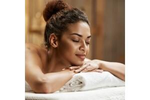 Farina Hotel Aquaros Spa'da Kese-Köpük & Aroma Terapi Masaj Uygulamaları