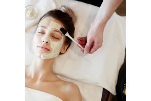 Eliya Beauty Studio'dan Klasik Cilt Bakımı Paketi