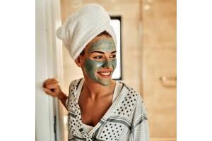 İstanbul Medikal Termal'de Mineralli Güzellik Maskesi ve Kaplıca Kullanımı