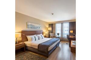 Holiday Inn Şişli'de Tek veya Çift Kişilik Konaklama Seçenekleri