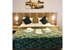 Çınarcık Grand Krone Hotel'de Konfor Dolu Çift Kişilik Konaklama Keyfi