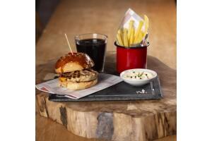 Torun Center Burger Lab'ta Tadına Doyulmaz Büyük Boy Lab Chiken Burger Menü