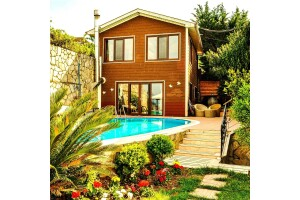 Villa Atroa'da Konfor ve Huzur Dolu Konaklama Seçenekleri
