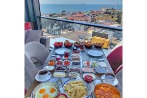 Byzantium Hotel Queb Lounge'da Türk Kahvesi Eşliğinde 17 Çeşit Serpme Kahvaltı Menüsü