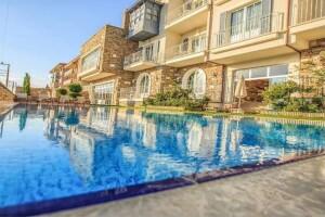 Nea Efessos Hotel'in Yunan Mitolojisinden İlham Alınarak Yapılan Odalarında Çift Kişilik Kahvaltı Dahil Konaklama