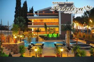 Bayramoğlu Pedaliza Otel Gebze'de Çift Kişilik Konaklama Keyfi