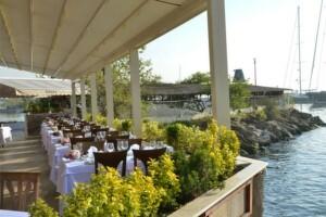 Kalamış Paysage Restaurant'ta 24 Kasım Öğretmenler Günü Özel Tunç Öz Sahnesi Eşliğinde Gala Yemeği
