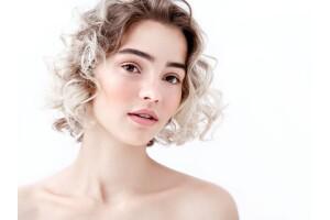Eda Öztürk Estetik ve Güzellik'ten Medikal, Hydrafacial ve Dermapen Cilt Bakımı Paketleri