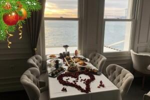 Boğaz'ın İncisi İnci Bosphorus'un Eşsiz Manzarasında Yılbaşına Özel Akşam Yemeği