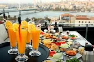 Arya Lounge'da Nefis Serpme Kahvaltı