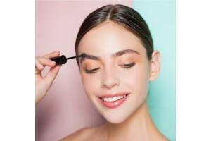 White Plus Güzellik'ten Kaş, Göz veya Dudak Çerçeve Seçmeli Kalıcı Makyaj Uygulaması