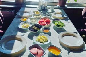 Bolu Grand Baysal Hotel'de Serpme veya Açık Büfe Kahvaltı Keyfi