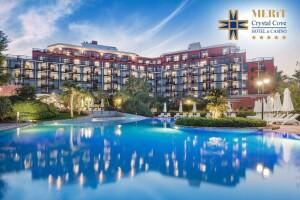 Kıbrıs Merit Crystal Cove Hotel & Casino'da Erken Rezervasyon Yaz Tatili Paketleri