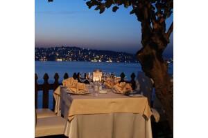 Kanlıca Paysage Alacart Restaurant'ta Deniz Manzarasına Nazır Akşam Yemeği