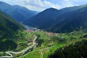 5 Gece Yarım Pansiyon Otel Konaklamalı 6 Gece 7 Gün Karadeniz Yaylaları ve Batum Turu