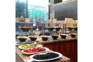 Alrazi Hotel'de Enfes Menüsü İle Açık Büfe Kahvaltı Keyfi
