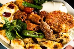 Lezzet-i Antep Sofrası'nda Lezzet Dolu Zengin Yemek Menüleri