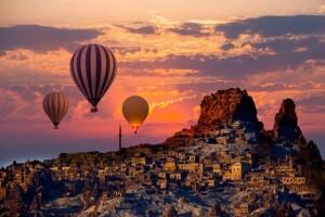 Her Hafta Sonu 4 & 5 Yıldızlı Otellerde Yarım Pansiyon Konaklamalı 1 Gece 2 Gün Kapadokya Turu