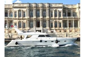 Luxury Yatcılık'tan İstanbul Boğazı'nda Saatlik Boğaz Turu/Transfer veya Günlük 15 Kişiye Kadar Olan Gruplara Ada Turu