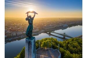 Uçak Bileti Dahil 7 Gece 8 Gün Konaklamalı Orta Avrupa Turu: Budapeşte, Viyana, Brno, Kutna Hora, Prag
