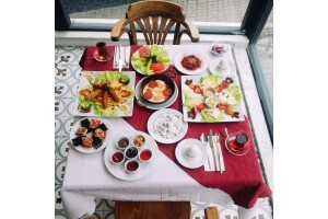 Bakırköy Taşhan Hotel'de Enfes Kahvaltı Menüleri