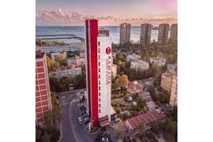 Ataköy Ramada Hotel & Suites By Wyndham İstanbul Hotel'de 2 Kişilik Konaklama, Kahvaltı ve Spa Kullanımı