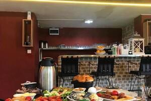 Poshet Cafe'de Enfes Serpme Kahvaltı Menüsü