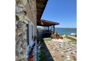Cadı Kazanı Camping'te Deniz Manzaralı Serpme Kahvaltı Keyfi