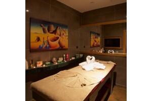 Sirena Spa, İcon İstanbul Hotel'de Masaj & Islak Alan Kullanımı