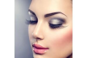 Dujgu Majetic Beauty'de Microblading, Dipliner ve Dudak Renklendirme Uygulaması
