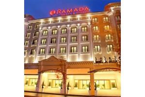 Ramada Hotel Merter'de Tek veya Çift Kişilik Konaklama Seçenekleri