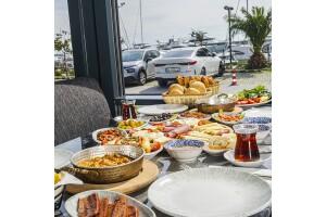 Chocolate Restaurant'ta Nefis Serpme Kahvaltı