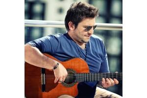 Mustafa Akay İle 90'lardan Günümüze Türkçe Pop/Rock Hayal Kahvesi Emaar Konser Bileti 1 Alana 1 Bedava
